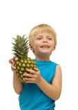 Enfant et ananas Photo libre de droits