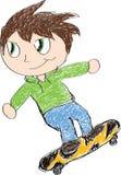 Enfant faisant de la planche à roulettes Photo libre de droits