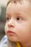 Enfant fatigué dépressif triste Images stock
