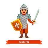 Enfant gai dans l'armure de chevaliers avec le casque illustration de vecteur
