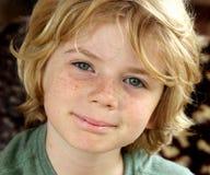Enfant heureux mignon de garçon Images libres de droits