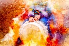 Enfant jouant un tambour de djembe avec les configurations naturelles de fourrure de chèvre et le fond doucement brouillé d'aquar photographie stock libre de droits