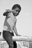 Enfant non identifié vivant dans le taudis de Mondesa Images libres de droits