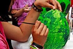 Enfant peignant 2 Images libres de droits