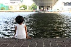 Enfant seul Image libre de droits