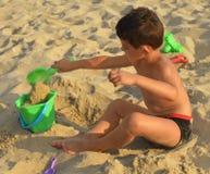 Enfant sur la plage Image stock