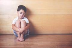Enfant triste Photographie stock