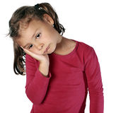 Enfant triste avec le mal de dents, douleur de dent Image stock