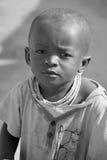 Enfant vivant dans la ville de Bangani Photo stock