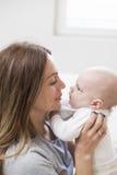 Enfantez un bébé garçon Photo libre de droits