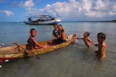 Enfants à la plage Photographie stock libre de droits