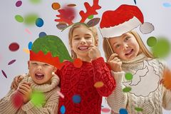 Enfants à Noël Photo stock