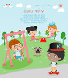 Enfants au terrain de jeu, enfants temps, enfants jouant dans le terrain de jeu, illustration de vecteur Photo libre de droits