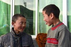 Enfants au Thibet images stock