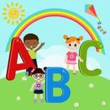 Enfants avec ABC illustration de vecteur