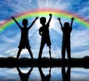 Enfants avec des incapacités et l'amitié avec elles concept Photographie stock libre de droits