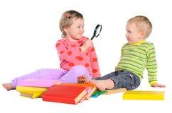 Enfants avec des livres Photo libre de droits