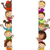 Enfants avec la longue feuille blanche Images stock