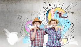 Enfants avec la moustache Photographie stock libre de droits