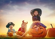 Enfants chez Halloween Photos stock