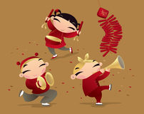 Enfants chinois célébrant venir de nouvelle année Images libres de droits