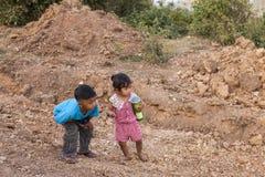 Enfants dans Angor Wat Photos libres de droits