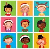 Enfants dans des chapeaux de Noël de vacances illustration de vecteur