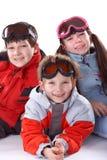 Enfants dans des vêtements de l'hiver Photographie stock libre de droits
