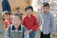 Enfants dans la campagne de la Chine Photographie stock libre de droits