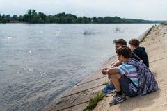 Enfants dans la détente d'Oufa Russie Images libres de droits
