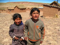 Enfants dans le village bolivien Photos libres de droits