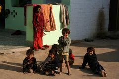 Enfants dans le village indien Photos libres de droits