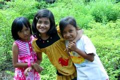 Enfants dans les rues, Java-Orientale, Indonésie images libres de droits