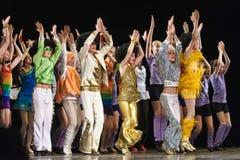 Enfants dansant sur l'étape Image libre de droits
