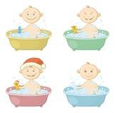 Enfants de bande dessinée lavant dans un bain Image libre de droits