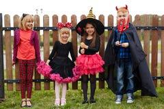 Enfants de Halloween Photographie stock libre de droits