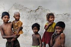 Enfants de la zone de mine de charbon en Inde Image libre de droits