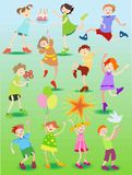 Enfants drôles avec des jouets Illustration Libre de Droits
