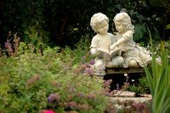 Enfants du jardin Image libre de droits