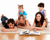 Enfants et parents Photo libre de droits