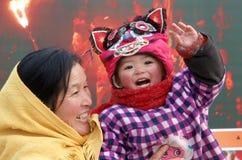 Enfants et sourire heureux de grand-maman Photos stock
