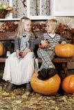 Enfants, fille et garçon mignons Photographie stock