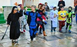 Enfants habillés pour Purim Image libre de droits