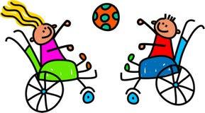 Enfants handicapés jouant la boule Image libre de droits