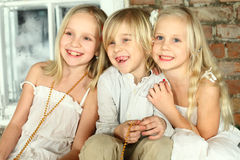 Enfants heureux - amis de gosses Photographie stock