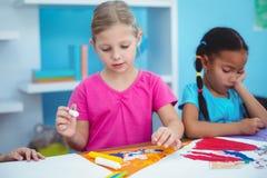 Enfants heureux toutes les photos de dessin Photo libre de droits