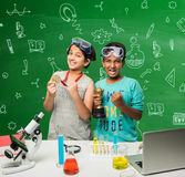 Enfants indiens et science Photo stock
