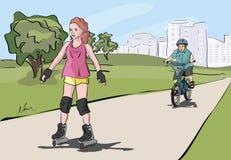 Enfants marchant au parc Images libres de droits
