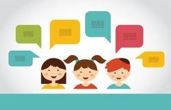 Enfants mignons avec des bulles de la parole Images stock