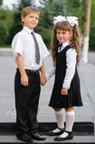 Enfants préscolaires un garçon et une fille image libre de droits